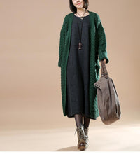 Laden Sie das Bild in den Galerie-Viewer, Cable knit sweaters long oversize cardigans blackish green