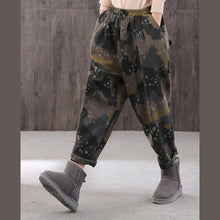 Load image into Gallery viewer, Classy dotted Camouflage harem pants oversized elastic waist harem pants thick Cotton shorts