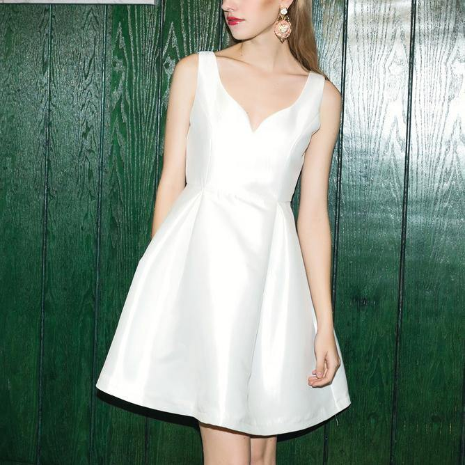 Classy v neck Cotton clothes For Women Runway white sleeve Dresses summer