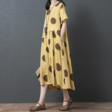 Laden Sie das Bild in den Galerie-Viewer, Dots Splcied Loose Short Sleeve Midi Dress