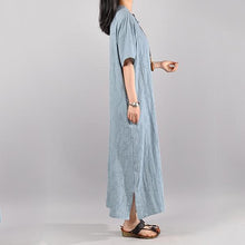 Laden Sie das Bild in den Galerie-Viewer, Elegant Women Vintage Cotton Summer light blue Solid Maxi Short Sleeve Dress