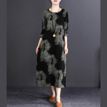 Load image into Gallery viewer, Elegant black print long cotton linen dresses trendy plus size O neck baggy dresses casual long sleeve pockets maxi dresses