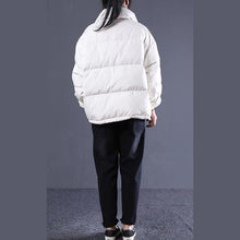 Laden Sie das Bild in den Galerie-Viewer, Elegant white Outfits oversize stand collar thick quilted coat Elegant double breasted down coats