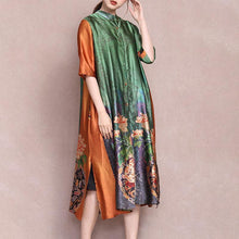 Laden Sie das Bild in den Galerie-Viewer, Female Literary Floral Printed Midi Dress