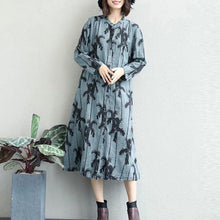 Load image into Gallery viewer, Fine black prints 2018 fall dress Loose fitting lapel collar gown 2018 shirt dress