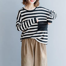 Load image into Gallery viewer, Fine black striped cotton tops Loose fitting cotton clothing blouses Elegant o neck big pockets natural cotton pullover