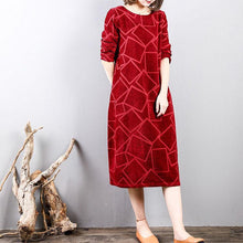 Load image into Gallery viewer, Fine burgundy corduroy dresses Loose fitting long sleeve traveling dress Fine o neck gown