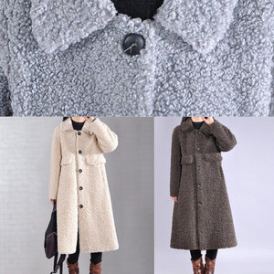 Fine white woolen outwear Loose fitting lapel Button trench coat