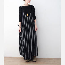 Load image into Gallery viewer, Fine black striped linen dresses trendy plus size big pockets cotton dresses casual sleeveless traveling clothing