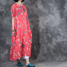 Load image into Gallery viewer, Fine red prints linen dress plussize short sleeve traveling clothing boutique side open caftans