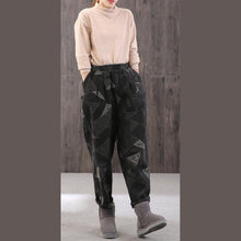 Load image into Gallery viewer, French geometric Camouflage lantern oversize elastic waist crop pants thickGifts harem pants