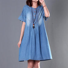 Load image into Gallery viewer, Gradient blue denim sundress short sleeve plus size summer denim dresses