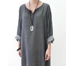 Laden Sie das Bild in den Galerie-Viewer, Gray silk dresses fall maxi dress top quality long sleeve maxi dress
