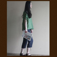 Laden Sie das Bild in den Galerie-Viewer, Green Linen women shirt top oversize pullover blouse