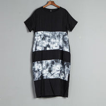 Laden Sie das Bild in den Galerie-Viewer, Short Sleeve Casual Round Neck Black Summer Dress