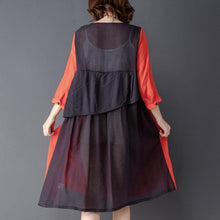 Laden Sie das Bild in den Galerie-Viewer, Round Neck Three Quarter Sleeve Red Knee Length Dress