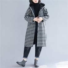 Load image into Gallery viewer, Luxury black Plaid woolen overcoat Loose fitting mid-length coats hooded