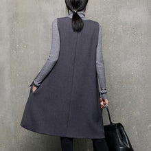 Load image into Gallery viewer, Natural patchwork Cotton sleeveless Wardrobes Neckline gray v neck Dress