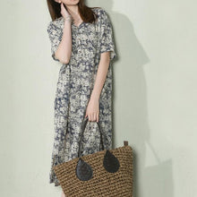 Laden Sie das Bild in den Galerie-Viewer, Navy floral linen summer maxi dress loose long sundress casual holiday dresses