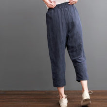 Laden Sie das Bild in den Galerie-Viewer, Navy linen pants crop trousers