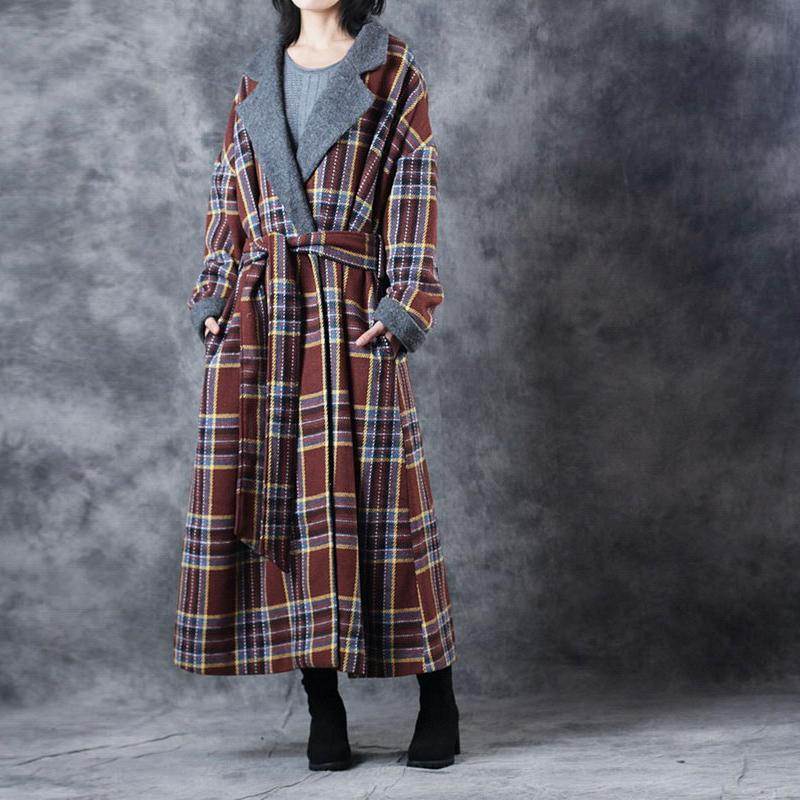 New chocolate Plaid Coats Loose fitting Notched Winter coat Fashion tie waist double breasted trench coat