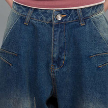 Laden Sie das Bild in den Galerie-Viewer, Oversize blue denim pants plus size jeans crop trousers
