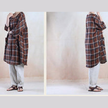 Load image into Gallery viewer, Oversize women summer shirt dress linen blouse plus size sundress top in brown