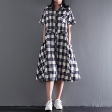 Load image into Gallery viewer, Plaid linen fit flare dress long casual maxi dresses plus size retro style