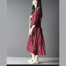 Load image into Gallery viewer, Plaid maxi dress cotton sundress linen three quarter sleeves in red and black