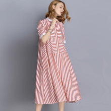 Laden Sie das Bild in den Galerie-Viewer, Plus Size Stripe Tencel Short Sleeve Shirt Dress