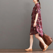 Load image into Gallery viewer, Plus size print summer dress loose fit shift dresses burgundy