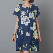 Load image into Gallery viewer, Pure cotton navy floral sundress oversize shift dress summer  maternity dress