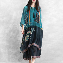 Load image into Gallery viewer, Retro national style large size blended blue printed silk suit women loose shirt + casual cropped pants