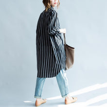Laden Sie das Bild in den Galerie-Viewer, Striped black long sleeve womens linen shirts plus size women dresses cotton blouses