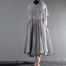 Laden Sie das Bild in den Galerie-Viewer, Striped gray flown linen sundress long causal summer maxi dresses oversize