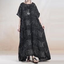 Laden Sie das Bild in den Galerie-Viewer, The lights silk dresses oversize caftans two pieces
