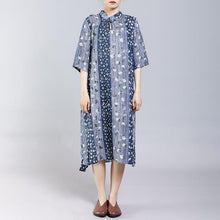 Load image into Gallery viewer, Vintage Stand Collar Frog Print Dress
