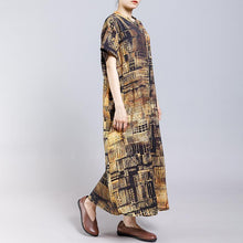 Laden Sie das Bild in den Galerie-Viewer, Vintage Stand Collar Print Short Sleeve Dress