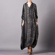 Load image into Gallery viewer, Vivid black striped print Tunic v neck Batwing Sleeve robes Dresses