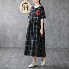 Load image into Gallery viewer, Vivid o neck pockets cotton summer quilting clothes Shirts black plaid Dresses