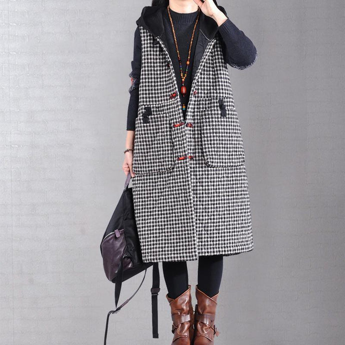 Warm black plaid winter outwear plus size winter jacket hooded sleeveless winter outwear