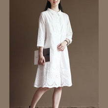 Laden Sie das Bild in den Galerie-Viewer, White hollowed hem pure cotton dresses bracelet sleeve maxi dress
