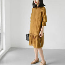 Laden Sie das Bild in den Galerie-Viewer, Yellow fine lace dresses long sleeve casual mermaid dress oversize lace clothing