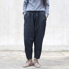 Load image into Gallery viewer, autumn new black linen thick pants plus size patchwork trousers