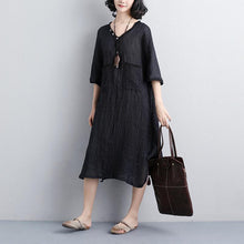 Load image into Gallery viewer, baggy natural linen dress plus size clothing Loose V Neck 12 Sleeve Black Knitting Dress