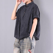 Laden Sie das Bild in den Galerie-Viewer, black striped cotton casual blouse plus size short sleeve t shirt