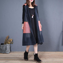 Laden Sie das Bild in den Galerie-Viewer, boutique black patchwork hooded jackets plus size trench coat fall sleeveless