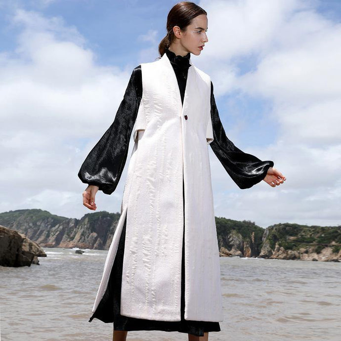 boutique white wool overcoat oversize long V neck embroider Sleeveless long coat