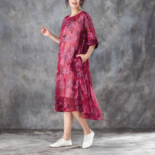 Laden Sie das Bild in den Galerie-Viewer, brief silk linen dresses trendy plus size Women Round Neck Half Sleeve Printed Red Dress