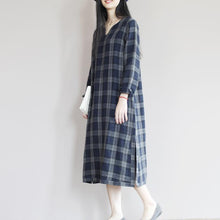 Load image into Gallery viewer, dark blue linen sundress simple unique style summer shift dresses oversize caftan